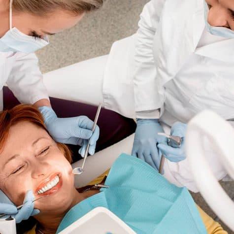 zubi-mozak-zdravlje-estetska-stomatologija-dentalna-klinika-breyer-cijena-implantata