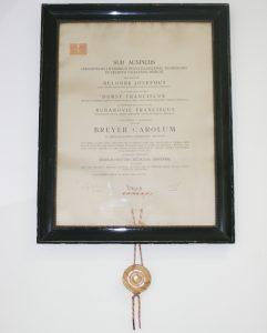 medicinska_diploma_stomatološka_poliklinika_breyer