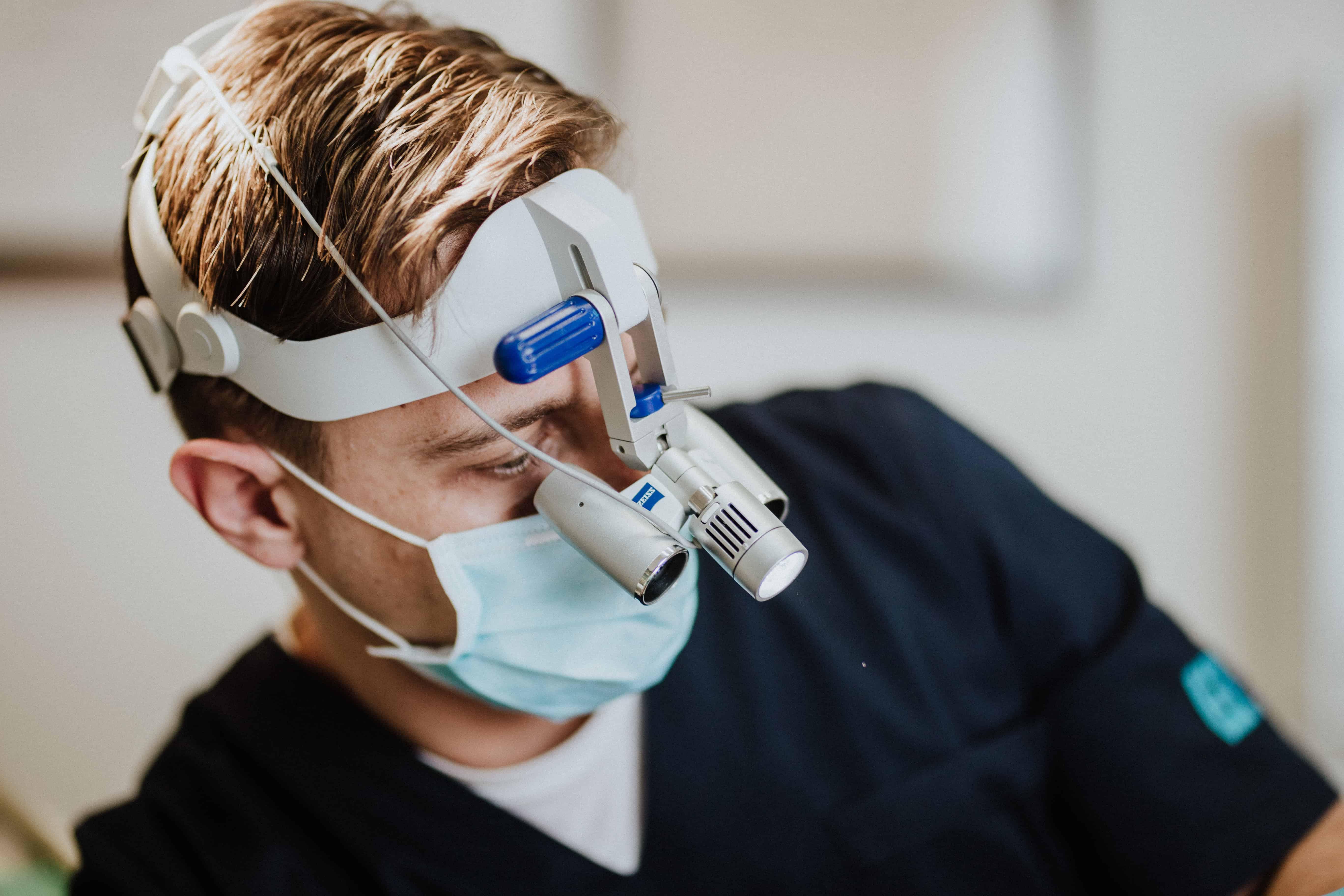 stomatoloska-poliklinika-breyer-sisak-implantati-all-on-4-cijena