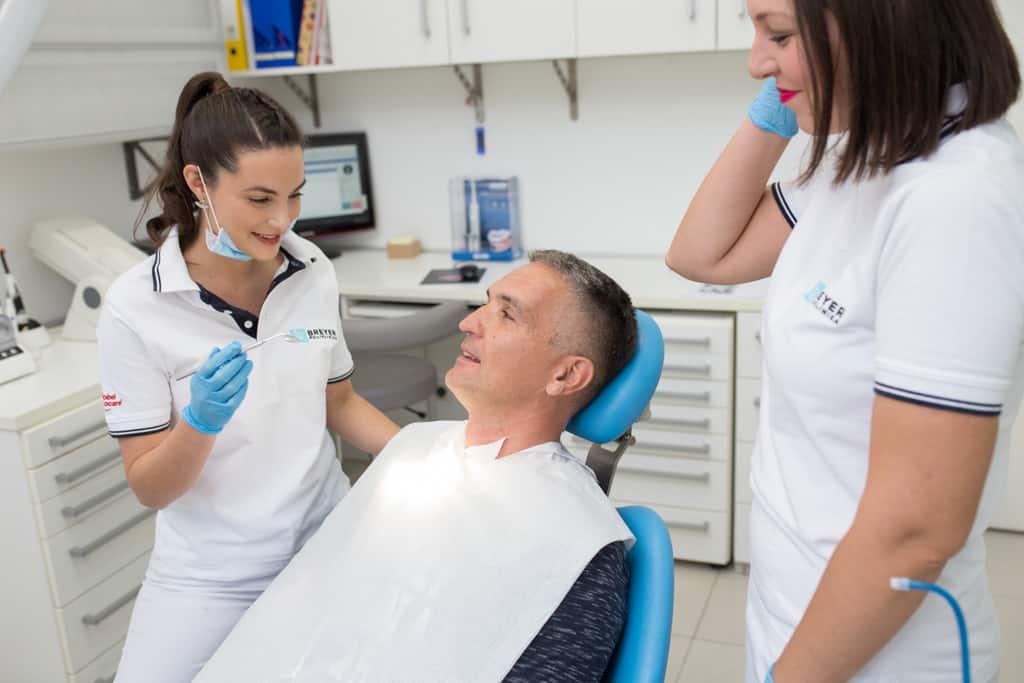 stomatoloska-poliklinika-breyer-najbolji-zubari-stare-navlake-most-krunice-krone-krankenkasse-cena